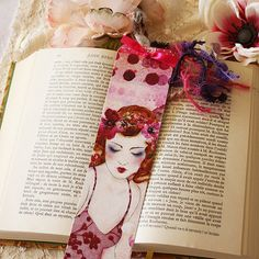 A paper bookmark featuring the printed artwork innocence. Each bookmark features a unique fiber assembly. ♥ Width: cm Height: 21 cm (The artwork is not royalty-free) Paper Bookmarks, Artwork Prints, Marketing And Advertising, Royalty, Handmade Items, Unique, Fiber, Etsy, Reading