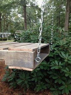 DIY Pallet Tree Swing