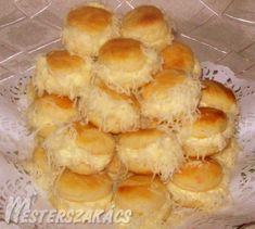 Érdekel a receptje? Kattints a képre! World Recipes, My Recipes, Cake Recipes, Cooking Recipes, Favorite Recipes, Hungarian Cake, Hungarian Recipes, Hungarian Food, Savory Pastry