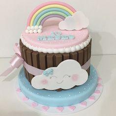 E para os 10 meses da Maria essa fofura de bolo ☁️ #bolomesversario #chuvadeamor #festachuvadeamor #chuvadeamorparty #mesversariomenina