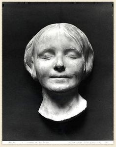 L'Inconnue de la Seine -death mask taken of teenage girl's body found in the Seine river, Paris in 1870's.  Assumed she committed suicide.  Coroner found her so beautiful, he took a cast of her peaceful face.  Copies were made, displayed as artwork in homes throughout Europe, her image inspired poems, stories, songs.  Modern CPR dummies are modeled after her image.