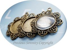 4pcs 25mm Antique Brass Vintage Matching Cabochon Base Setting sets with glass cameos Round Filigree Pendant Code: B264