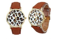 Ya estamos a jueves!!!  Y hoy os traemos un complemento ideal... un reloj marrón con animal print, que conjunta con todo  Os gusta??  ❗ENVIO GRATIS❗⬇ http://www.misstendencias.com/29-relojes #relojes #complementos #cool #moda #animalprint #leopardo #regalos #detalles #navidades #blogger #tendencias #outfit #dateuncapricho #barato #jueves #style