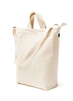 DUCK BAG / CANVAS - BAGGU in white, black and night mountain