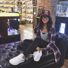 Pulling out from my favorite sneaker store excited for the ! Yassi Pressman, Sneaker Stores, Fashion Capsule, Girl Crushes, Fall Winter Outfits, Simply Beautiful, Going Out, Bomber Jacket, Women's Fashion