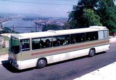 Kezdetleges retusálások, unatkozó jegesmedvék és a háttérben lófráló munkások színesítették a az Ikarusok, illetve Csepelek reklámfotóit, de túl azon, hogy némelyikük már-már művészi igényességgel készült, a magyar járműipar letűnt korszakának is emléket állítanak. Összegyűjtöttük a legérdekesebb prospektusokat és Nice Bus, Bus Driver, Commercial Vehicle, Retro, Monaco, Marvel, Japan, History, Vehicles