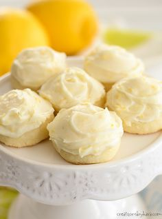 Recipe for Butter cookies with lemon cream cheese frosting Melt in your mouth Butter Cookies - these incredible cookies are simply irresistible! It's hard to stop eating these tasty butter cookies, and the lemon cream cheese frosting is amazing. Vegan Frosting, Lemon Cream Cheese Frosting, Cake With Cream Cheese, Frosting Recipes, Cookie Recipes, Dessert Recipes, Candy Recipes, Lemon Cookies, Peanut Butter Cookies