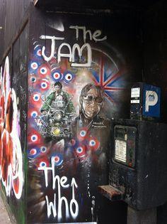 ~ Graffiti ~ London Town