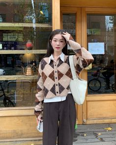 Korean Outfits, Retro Outfits, Cute Casual Outfits, Vintage Outfits, Korean Girl Fashion, Ulzzang Fashion, Korean Street Fashion, Ulzzang Style, Korean Spring Fashion
