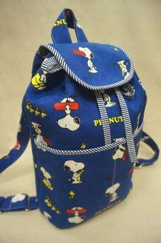 清秀佳人布坊 - 手作教學 - 有袋蓋的抽繩水桶背包