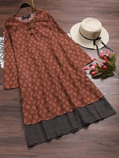 Cheap best O-NEWE Vintage Stitching Floral Printed Fake Two Pieces Dress on Newchic, there is always a plus size print dresse suits you! Vintage Dresses Online, Vintage Style Dresses, Types Of Dresses, Cute Dresses, Loose Dresses, Plus Size Womens Clothing, Clothes For Women, Embroidery Suits Design, Patchwork Dress