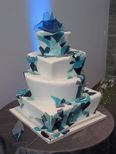 mosaic tile wedding cake
