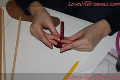 The Cake Engineer: How to Make a Gum Paste Stiletto, 2011 Version :) Barbie Shoes, Doll Shoes, Girl Shower Cake, Shoe Template, Shoe Cakes, Baby Shawer, Sugar Craft, Cake Tutorial, Gum Paste