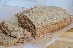 Easy oatmeal bread - Nadia& Healthy World Low Carb Recipes, Bread Recipes, Healthy Recipes, Healthy Food, Keto Food List, Food Lists, Oatmeal Bread, Banana Bread, Muffin Bread
