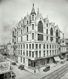 """Circa continuing our sojourn in the Crescent City. """"Masonic Temple, New Orleans. Testard's store (""""Bicycles, Automobiles"""") Shorpy Historical Photo Archive :: Emporium of Transport: 1910 New Orleans Homes, New Orleans Louisiana, Shorpy Historical Photos, Historical Pictures, New Orleans History, Louisiana History, Masonic Temple, Tiger Skin, Old Photography"""