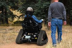 People With Disabilities Can Hike At State Park Thanks To All-Terrain Wheelchair | Huffington Post