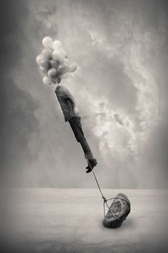 Cabeça nas nuvens e pés no chão | Head in the clouds and feet on the ground #Surrealismo #Surrealism #Surreal