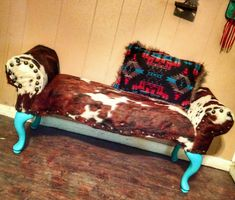 Cowhide and Turquoise bench Western Furniture, Rustic Furniture, Diy Furniture, Western Bedroom Decor, Western Bedrooms, Pink Bed Sheets, Westerns, Western Homes, Pink Bedding