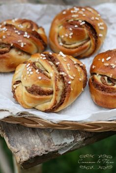 Cinnamon Roll Pretzels - yes, please!