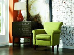 Accent chair @beverlyrada