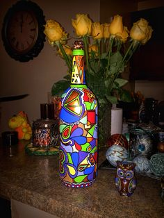 Some people recycle, I make Art. Bottle Painting, Bottle Art, Painted Wine Bottles, Some People, Recycling, Acrylic Paintings, Projects, How To Make, Fun