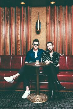 The Last Shadow Puppets are an English supergroup fronted by Alex Turner (Arctic Monkeys) and Miles Kane (The Rascals) shot at MiniBar Hollywood, CA Alex Turner, Yuri, Monkey Puppet, I Hate Boys, Matt Helders, The Last Shadow Puppets, The Strokes, Vintage Rock, Rock Style