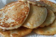 Vegane Bananen Pancakes ⌛ ① ❆ ✿ - breifrei-rezepte Vegan Banana Pancakes, Crepes And Waffles, Baby Pancakes, Backen Baby, Vegan Desserts, Vegan Recipes, Pancake Healthy, Childrens Meals, Vegan Baby