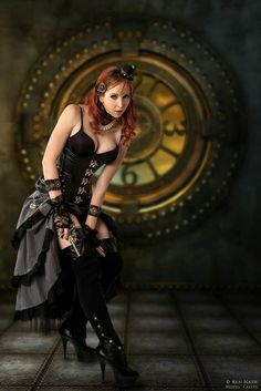 Sexy Steampunk cosplay