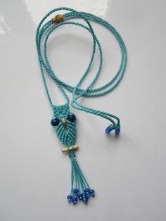 Pendentif hibou en macramé avec perles en par PapachoCreations