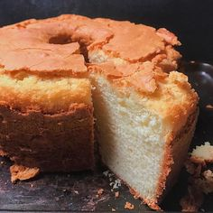 Simple Old Fashioned Southern Pound CakeYou can find Pound cake recipes and more on our website.Simple Old Fashioned Southern Pound Cake Cakes To Make, How To Make Cake, Old Fashioned Pound Cake, Old Fashioned Butter Pound Cake Recipe, Pound Cake Recipes, Pound Cakes, Simple Pound Cake Recipe, Best Pound Cake Recipe Ever, Pound Cake Cupcakes
