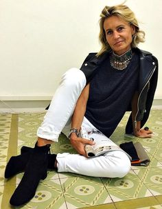 Patrizia is a Spanish Interior Design Consultant who knows what it takes to put together a very cool look