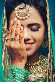 "Addiction weddings ""Portfolio"" album - Indian wedding maang tikka for bride Indian Muslim Bride, Muslim Brides, Indian Wedding Couple Photography, Bride Photography, Traditional Photographs, Bridal Jewelry Vintage, Kerala Bride, Bridal Poses, Wedding Highlights"