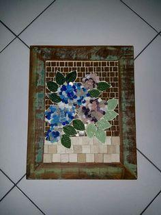 Quadro de Mosaico: Hortênsias tridimensionais em pastilhas.