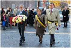 NSB en VOS brengen bloemenhulde aan oorlogsslachtoffers