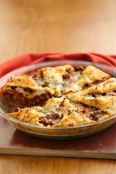 30-min dinner idea: flaky crescent crust with cheesy, beefy deliciousness!