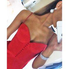 Ariana Grande was RED HOT in her Grammys dress