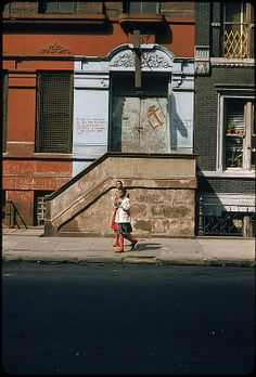 Walker EVANS :: From 29 Views of New York Streets, 1957-59