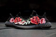 """Check out These Gucci-Inspired """"Flowerbomb"""" YEEZY BOOST 350 v2 Custom Sneakers"""