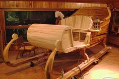 Woodworking Plans construction of wooden sleigh built by kent turk