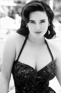 Jennifer Connelly - People who are incapable of having any kind of intimate relationship have to turn to feeling this incredible hunger and void, have to turn to some quantifiable external product to make them feel whole.