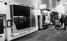 Swiss Alps Restaurant, City Arcade, Coventry. 17th September 1988.