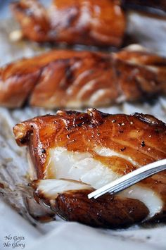Baked Honey-Marinated Cod - use black cod or sable fish A succulent baked cod, marinated in honey, soy sauce and a combination of asian inspired flavors. Fish Dishes, Seafood Dishes, Fish And Seafood, Fruit Dishes, Seafood Platter, Cod Dishes, Main Dishes, Seafood Meals, Think Food