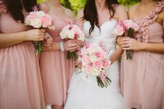 Photo by http://sincerelykinsey.blogspot.com // Flowers by http://helovesmeflowers.com //