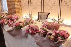 ザ・ハウス白金様へのメインテーブル装花. 花嫁様が好きとおっしゃってブーケにいれた千日紅の、 その色違いのピンクをアクセントにしています。 ... Bridesmaid Dresses, Wedding Dresses, Banquet, Wedding Flowers, Floral Wreath, Wreaths, Decoration, Pink, Home Decor