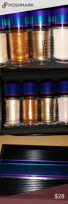 BNIB LE MAC Gold Pigments & Glitter Set! Gorgeous BNIB LE MAC Cosmetics Gold Pigments and Glitter Set. From Holiday 2014 collection. Guaranteed authentic!  #mac #pigment #glitter #eyeshadow MAC Cosmetics Makeup Eyeshadow
