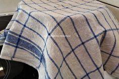 Babiččiny kynuté lívance | jitulciny-recepty.cz Ottoman, Blanket, Decor, Decoration, Blankets, Decorating, Cover, Comforters, Deco