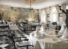 If you are looking for a great venue to dine in Killarney, Randles Hotel is the ideal location.Great food on offer and a great place to stay at Randles. Places To Eat, Great Places, Ireland Country, Best Wedding Venues, Luxury Accommodation, Table Settings, Dining Table, Restaurant, Table Decorations