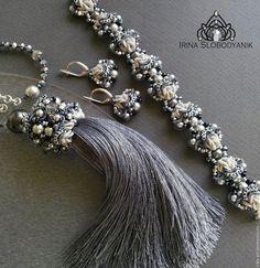 Купить Silver crystal Комплект - серебряный, серый, дымчатый, ручное кружево, кулон с кисточкой