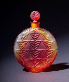 """134: R. LALIQUE Art Deco perfume bottle, """"Vers Le Jour, : Lot 134"""