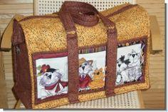 Wenn Cats reisen...Mit den Maßen 48 x 35 x 23 cm (BxHxT) ist die Tasche bestens für die Reise geeignet.